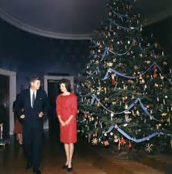 1961 white house christmas tree 13 december 1961 john f