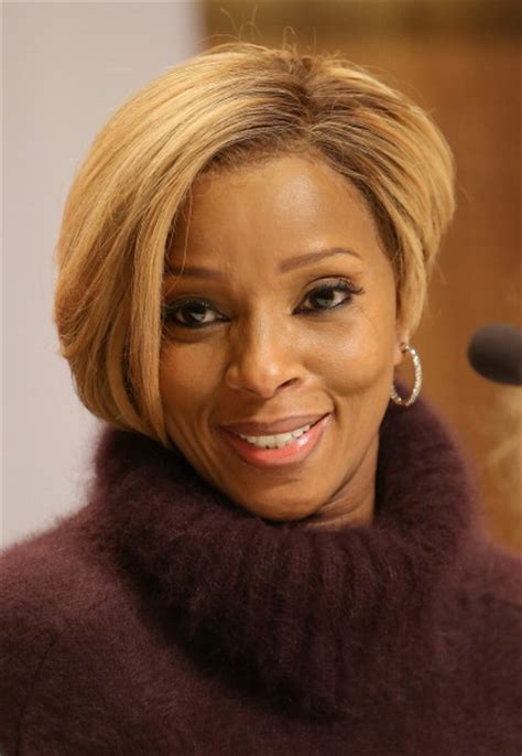 mary jblige latest hair style apple adds mary j blige to beats 1 show lineup