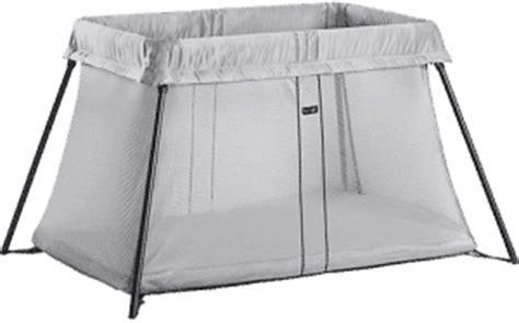 lit pliant babybjorn babybjorn light un lit parapluie l 233 ger et facile 224 installer babybed