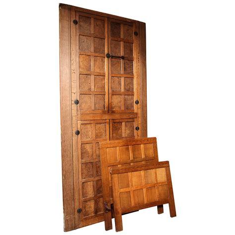 Door Bed Frame Set Of Original Vintage Quot Mouseman Quot Door And Bed Frames At 1stdibs