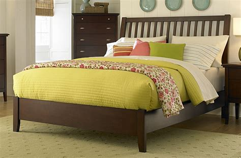 Pasadena Bedroom Collection by Homelegance Pasadena Bed 1475 1 Homelegancefurnitureonline