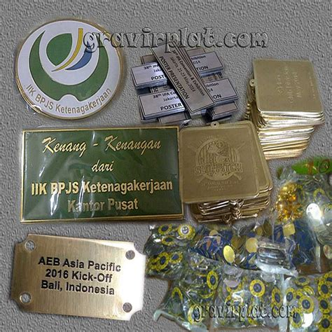 Plat Stainless Grafir sentral label plat