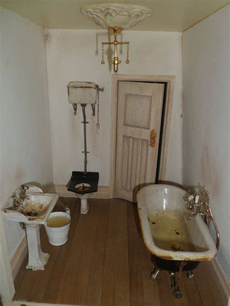 dolls house mania the 105 best images about dolls house bathrooms on pinterest toilet miniature and