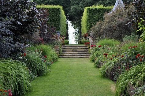 images of gardens return to hidcote manor david s garden diary