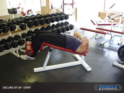 45 degree decline bench weighted situps decline sit up video exercise guide tips muscle strength