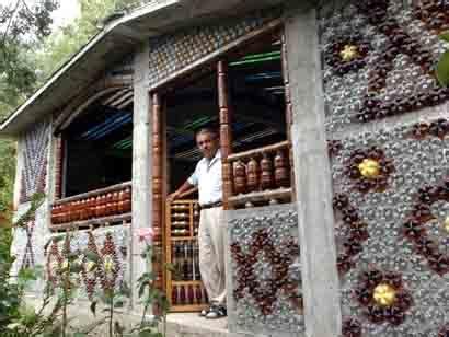 plastic bottle house plans capitan planeta 187 casas construidas con botellas recicladas