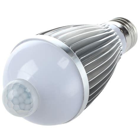 led nachtlicht lampe bewegungsmelder sensor weiss