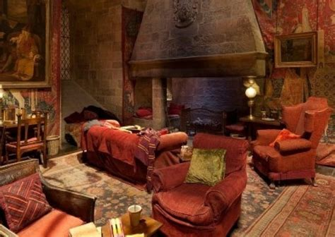 gryffindor room gryffindor common room by the fireplace audio atmosphere