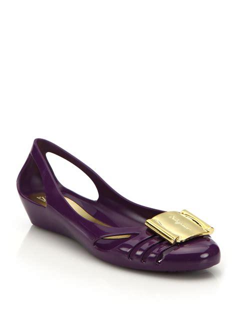 Salvatore Ferragamo Bermuda Jelly Flats Ss17 lyst ferragamo bermuda cutout jelly wedge sandals in purple