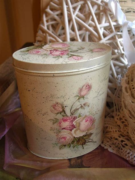 decoupage tins 18 best images about latas on crafts painted