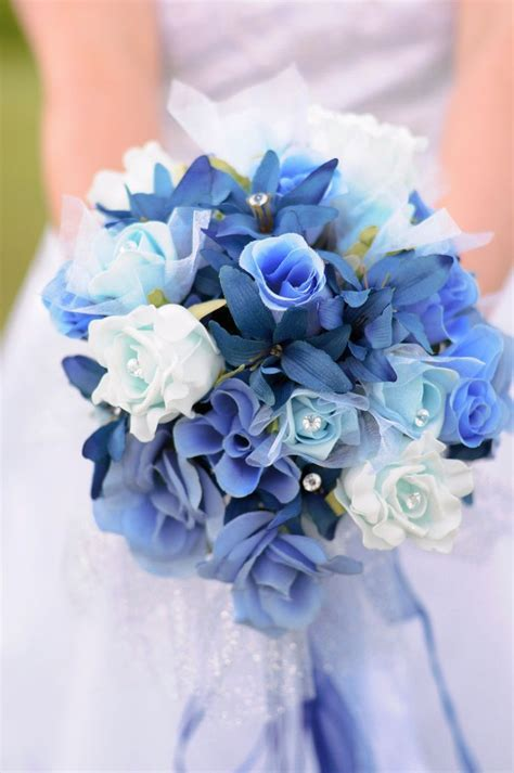 Best 25  Blue wedding bouquets ideas on Pinterest   Navy
