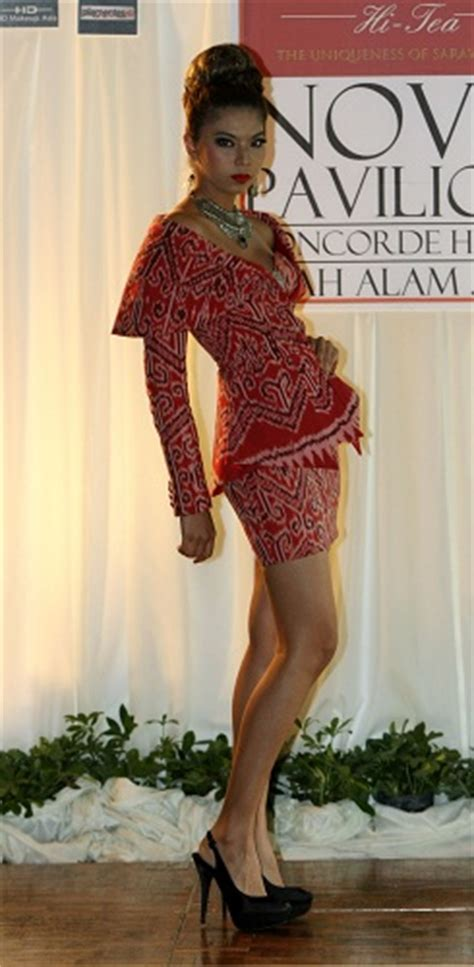 design dress pua kumbu von jolly good show