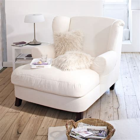 17 best ideas about bedroom reading chair on pinterest farmhouse style oversized chair and a half criterion of