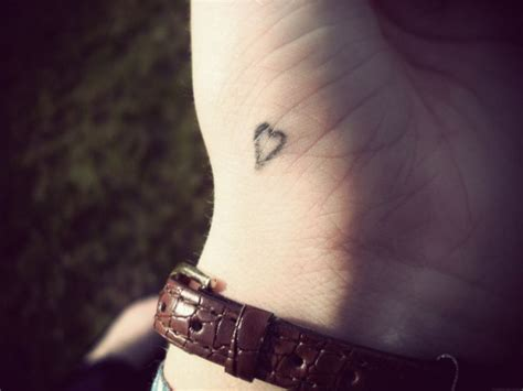 heart tattoo on your hand sharpie raindrops and poetry