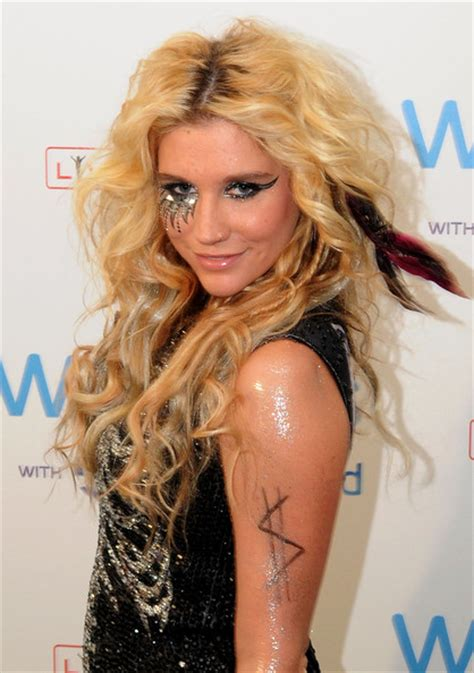 kesha tattoos kesha tattoos pictures
