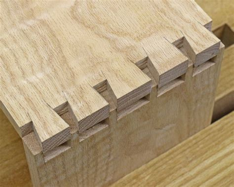 woodwork fittings dovetail joinery fitting the joints together