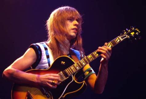 Best Resumes In The World by Something Else Interview Yes Steve Howe On Jon Davison