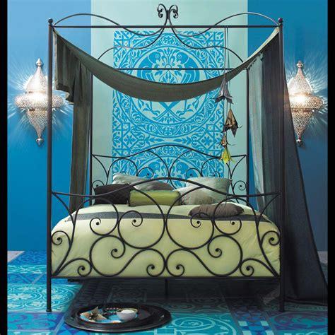 letto baldacchino maison du monde letto nero a baldacchino 160 x 200 cm in acciaio