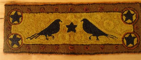 pattern for rug hooking frame two old crows rug hooking pattern