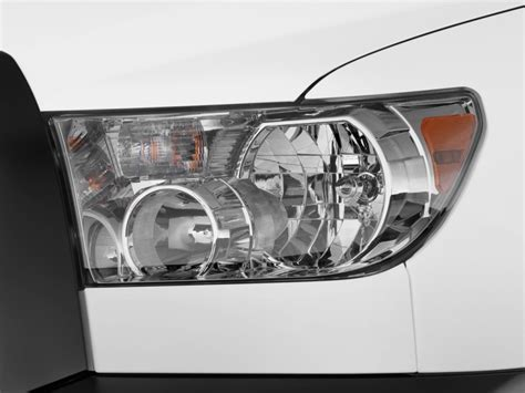 2002 Toyota Tundra Headlights Image 2011 Toyota Tundra Headlight Size 1024 X 768