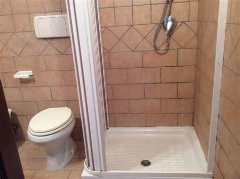 affitto con bagno privato roma stanza e luminosa con bagno privato a roma stanza