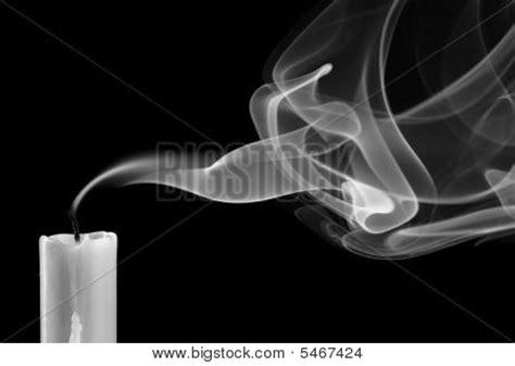 candela spenta immagine e foto candela spenta bigstock