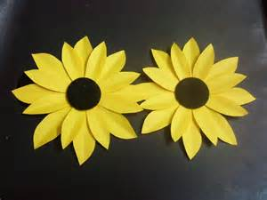 How To Make Paper Sunflowers - how to make a paper flower tutorial sunflower paper