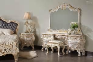 Queens Size Bedroom Sets Palace Bedroom Furniture Decobizz Com