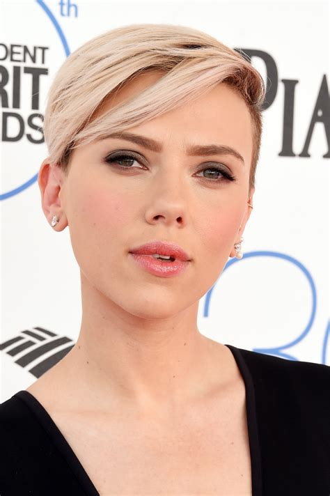 why scarlett johansson cut hair scarlett johansson short hair updo style hair world magazine