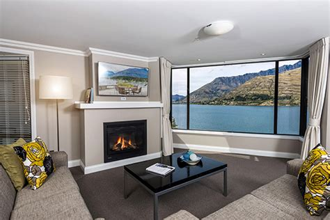 Room Decor Nz by Queenstown Apartment Accommodation Oaks Shores