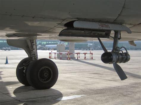 ram rate aeronaves manuten 231 227 o rat ram air turbine