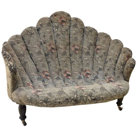 English Victorian Shell Or Grotto Style Settee At 1stdibs
