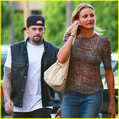 Cameron Diaz And Criss Maybe Dating by Cameron Diaz Getting Married To Benji Madden Tonight