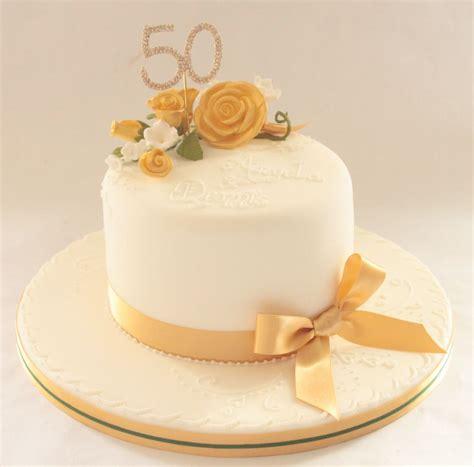 hochzeitstorte goldene hochzeit celebration cakes by marianne s cakes