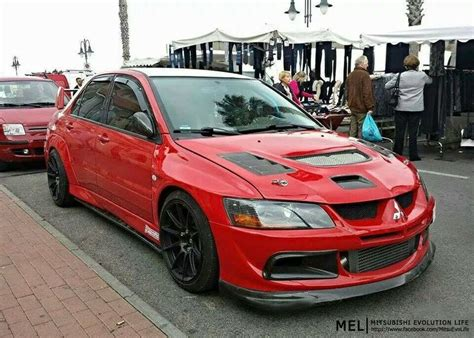 mitsubishi evo red rally red evo 8 lancer evolution pinterest