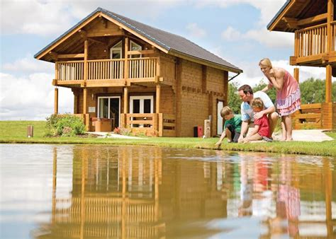 Thirsk Log Cabins by Woodland Lakes Lodges In Carlton Miniott Thirsk Hoseasons