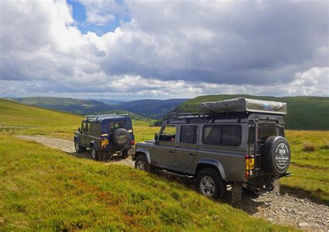 ranch land rover 4x4 driving green laneing mid wales llanerchindda farm