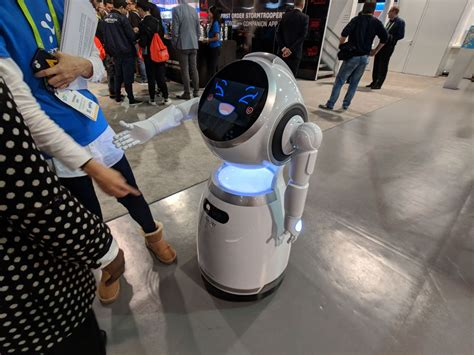 Echo Robot Looks For Other Friendly Bots by Ces 2018 Winners And Losers