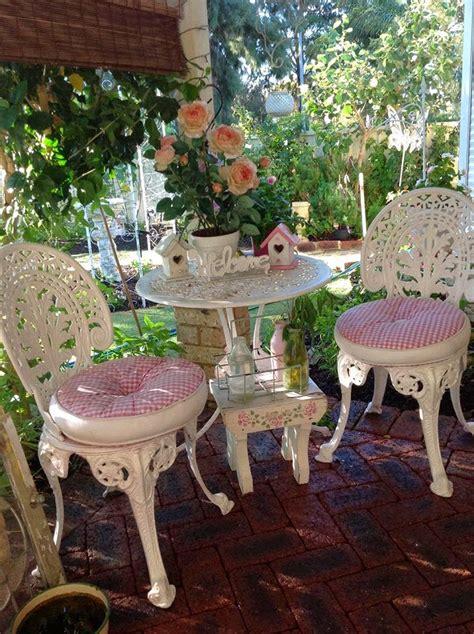 Olivia's Romantic Home: Kim's Shabby Chic Pink Palace Home