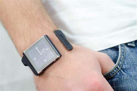 Nanolet: A Sleek Bracelet To Hold Your iPod Nano   The Tech Journal