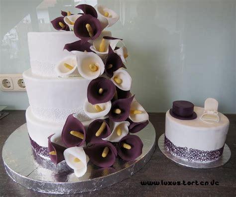 Hochzeitstorte Calla by Hochzeitstorte Mit Callas Lila Luxus Torten