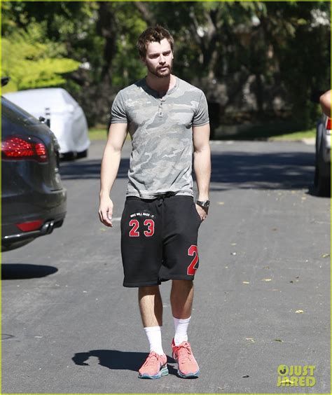 laras de pie estilo co do patrick schwarzenegger miley cyrus talk about