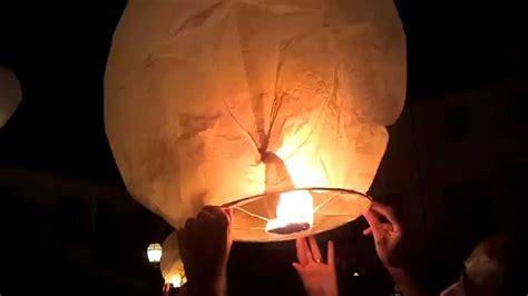 lanterne volanti costruire lanterne cinesi al matrimonio come costruirla istruzioni