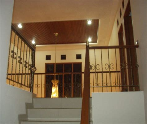 design void rumah contoh tangga rumah mediterania model rumah minimalis