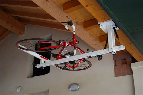 Ceiling Bike Lift by Flat Bike Lift Or How To Park Your Bicycle On The Ceiling