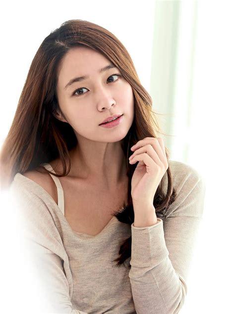 korean actress man korean actress lee min jung wants to be a man star2