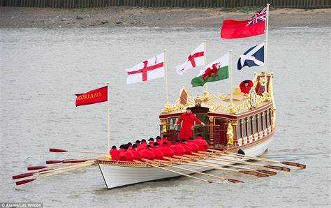 the queen s boat gloriana rowbarge will lead pageant of 1 000 boats in