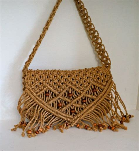70s Macrame - authentic vintage 70s macrame purse with lining jute