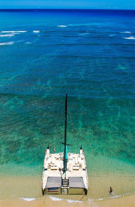 catamaran tour big island waikiki hawaii photo of the day a traveler s paradise