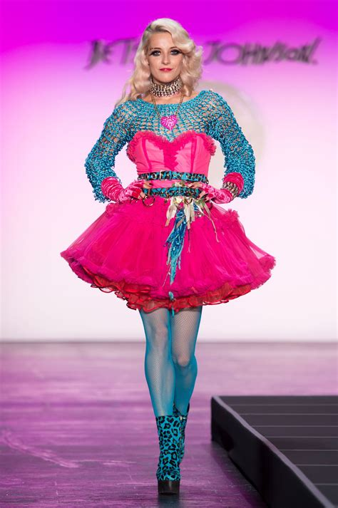 betsey johnson 2016 runway pictures livingly